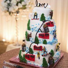 Cakes Cakes and More Cakes #weddings #Cakes www.receptionpalace.com