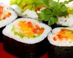 Makis végétariens de légumes croquants pour Lunchbox : http://www.fourchette-et-bikini.fr/recettes/recettes-minceur/makis-vegetariens-de-legumes-croquants-pour-lunchbox.html
