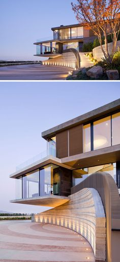 This modern house is tucked into the hillside highlighting the natural contours of the land, while a motor court has been given a decorative pattern, and well-lit stairs lead to the front door. Light Architecture, Interior Architecture, Style At Home, Built In Bathtub, House With Balcony, Modern Exterior, Modern Buildings, Beautiful Homes, House Plans