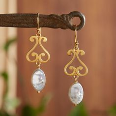Jaipur Pearl Earrings   National Geographic Store