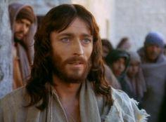 """Robert Powell as Jesus in """"Jesus of Nazareth"""" (1977)"""