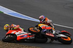 Les altres maniobres polèmiques de Rossi a la pista.  #Rossi #Marquez #Sepang #Campio