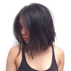 Easy and Breezy Shorter Hair Hairstyles for long thick hair can be so much work! Keep things simple this summer instead with a classic shoulder length bob. Hair cuts like this require much less maintenance and are still fun to wear. Medium Hair Cuts, Short Hair Cuts, Medium Hair Styles, Curly Hair Styles, Shoulder Length Choppy Hair, Short Hair For Round Face Shoulder Length, Shoulder Length Hair Cuts With Layers, Above The Shoulder Haircuts, Above Shoulder Hair
