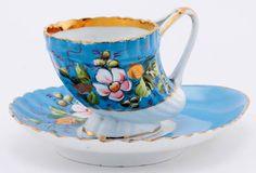 A KUZNETSOV RUSSIAN PORCELAIN CUP AND SAUCER taza de porcelana rusa