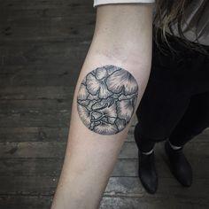 Les tatouages de l'artiste polonais Roma Severov - Journal du Design