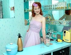 0003 Joanne Massey e i suoi abiti anni '50