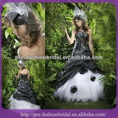 black and white wedding dresses  1.tulle,print and flower  2.net and organza fabric  3.strapless and bubble