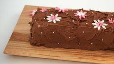 Koko Suomi leipoo -ohjelman ensimmäisessä jaksossa Lori leipoi maukkaan suklaakakun.
