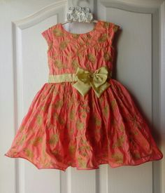 Venus Dress Makers Birthday Honey Color Embroidered Silk Dress for Girls Year) Baby Frocks Style, Baby Frocks Designs, Kids Frocks Design, Kids Dress Wear, Kids Gown, Kids Wear, Cutwork Blouse Designs, Kids Blouse Designs, Baby Summer Dresses