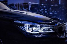 Light your night with the #BMW #7Series Laserlight headlights.