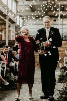 How adorable are these grandparents as ring bearer and flower girl? Indian Wedding Receptions, Wedding Mandap, Wedding Ceremony Backdrop, Funny Wedding Invitations, Rustic Bridal Shower Invitations, Bridal Shower Rustic, Wedding Blog, Wedding Styles, Wedding Ideas