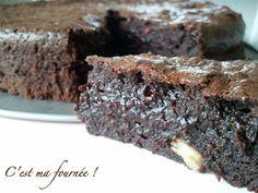 C'est ma fournée ! : Le meilleur brownie du monde... Dessert Simple, Quick Bread, Food Presentation, Easy Desserts, Mousse, Donuts, Biscuits, Muffins, Deserts