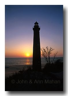 Great Lakes Lighthouses Photo Gallery by John and Ann Mahan