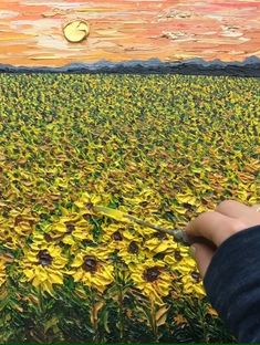 painting ideas on canvas Sunflower field landscape timelapse painting process video, palette knife, textured, colorful Sunflower Canvas Paintings, Texture Painting On Canvas, Canvas Painting Tutorials, Simple Acrylic Paintings, Knife Painting, Diy Canvas Art, Nature Paintings, Acrylic Painting Canvas, Painting Tips
