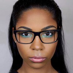 Experiment with beauteous eyeliner colors. | 11 Important Makeup Tips For Any Girl Who Wears Glasses
