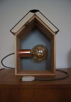 NachttischlampeTischlampeBücherhausLesArt klein von DeinLeuchtstoff