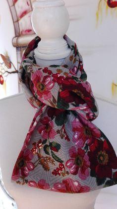 Hoi! Ik heb een geweldige listing op Etsy gevonden: https://www.etsy.com/nl/listing/475687922/soft-cotton-mix-floral-pattern-infinity