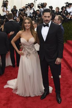 Sofia Vergara and Joe Manganiello | Here's What The Stars Wore To The 2015 Met Gala