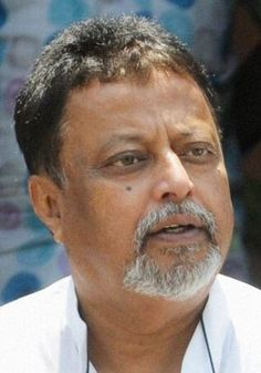 """held my head high when I walked into that CBI office, a text from Mukul Roy to Mamata Banerjee read. """"I held my head high when I walked and while I walked out,"""" the text message sent to the West Be..."""