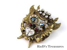 Vintage Ornate OWL Figural Rhinestone Gold Tone Brooch Pin