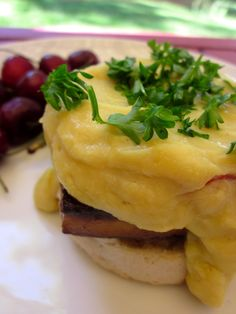 Caullandaise Sauce (Hollandaise made from Cauliflower and White Beans) #vegan