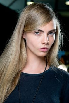 Cara Delevingne Hair: Her Most Iconic Looks Cara Delevingne Photoshoot, Cara Delevingne Hair, Neutral Blonde, Dark Blonde Hair Color, Hair Inspo, Hair Inspiration, Blonde Celebrities, 2015 Hairstyles, Her Hair