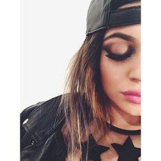 Kylie Jenner #kardashian #jenner #kylie #kyliejenner #fashion #womensfashion #makeup #inspiration #eyeshadow
