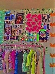 Indie Bedroom, Indie Room Decor, Cute Bedroom Decor, Room Design Bedroom, Chambre Indie, Estilo Indie, Retro Room, Cute Room Ideas, Aesthetic Room Decor