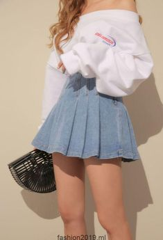 Great Hipster Outfits from 26 of the Chic Hipster Outfits collection is the most trending fashion outfit this season. This Hipster Outfits l. Teen Fashion Outfits, Mode Outfits, Retro Outfits, Girly Outfits, Cute Casual Outfits, Vintage Outfits, Fasion, Korean Fashion Teen, Ulzzang Fashion