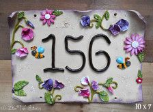 Mailboxes & House Numbers in Outdoors & Garden - Etsy Home & Living - Page 5 Ceramic House Numbers, Door Signs, House Signs, Ceramic Houses, Pottery Classes, Home Living, Clay Projects, Clay Art, Polymer Clay