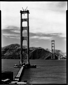 Constructing the Golden Gate Bridge early 1930's