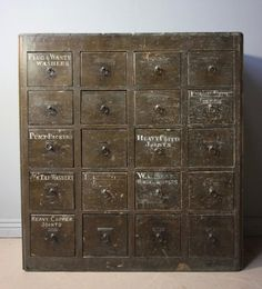 Early 19th Century Pine Bank of Drawers