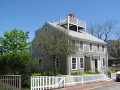 A short history of the widow�s walk, a forlorn feature of coastal New England architecture