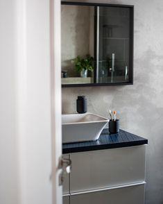 Minimalistic nordic bath room