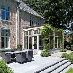 Domus Aurea | Exclusieve Villabouw Outdoor Seating, Outdoor Spaces, Outdoor Living, Outdoor Decor, Natur House, Conservatory Kitchen, Pergola, Home Greenhouse, Paved Patio