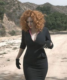 Christina Hendricks, Louise Brooks, American Women, Woman Crush, Red Hair, Redheads, Cool Girl, Beautiful Women, Beautiful Redhead