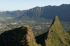 (Olomana, O'ahu, Hawai'i) Three peaks snaking across O'ahu's windward side reward the hiker with a view to the Big Island. (Photo by chris; from EveryTrail.com)