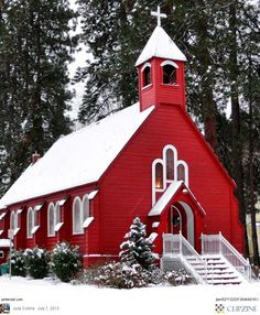 Fort Sherman Chapel in Coeur d'Alene, Idaho - Built in 1880, the oldest church in Idaho.