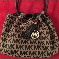 Michael Kors Handbag MK Br/Blk Monogram bag withdraw pull and snap enclosure Michael Kors Bags Shoulder Bags