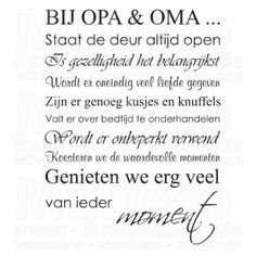 Muursticker - Muurtekst Bij Opa en Oma New Baby Wishes, Great Quotes, Inspirational Quotes, Sketch Inspiration, One Liner, Great Words, Silhouette Cameo, New Baby Products, Texts