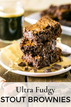 Adore fudgy brownies? These fudgy stout brownies are for you with that perfectly gooey center and crinkly top everyone loves. Plus, you can use Guinness to make them into Guinness brownies for a festive St. Patrick's Day dessert! #fudgybrownies #stoutbrownies #fudgystoutbrownies #homemadebrownies #homemadebrownieseasy #guinnessbrownies Best Dessert Recipes, Easy Desserts, Sweet Recipes, Delicious Desserts, Bar Recipes, Healthy Recipes, Chocolate Stout, Chocolate Desserts, Chocolate Lovers