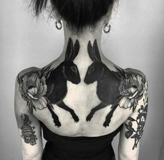 Black rabbits back tattoo by Henja Fin ( resident at Pechschwarz Tät. - Black rabbits back tattoo by Henja Fin ( resident at Pechschwarz Tätowierungen ( - Tatoo Art, Black Tattoo Art, Tattoo On, Line Work Tattoo, Cover Up Tattoos, Black Crow Tattoos, Cool Back Tattoos, Black Tattoo Cover Up, Ankle Tattoo