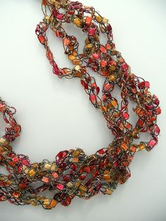 "Crocheted trellis necklace tutorial made from ""ladder"" yard.  From http://justanotherhangup.blogspot.com/  #crochet #craft"
