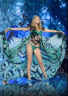 Can't get over how gorgeous @gigihadid looks at #victoria secret fasion show