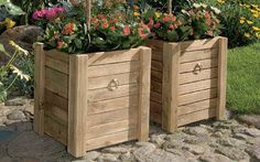 Build large containers for gardens Large Containers, Outdoor Furniture Sets, Outdoor Decor, Vegetable Garden, Garden Landscaping, Perennials, Diy And Crafts, Landscape, Design