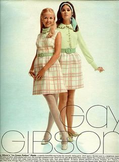 From Seventeen, April Colleen Corby, right 60s And 70s Fashion, Mod Fashion, Teen Fashion, Fashion Models, Vintage Fashion, Fashion Outfits, 60s Fashion Trends, Gothic Fashion, Colleen Corby