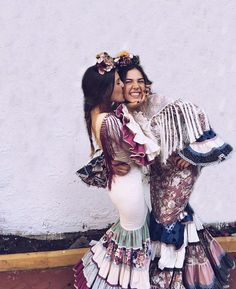 Flamenco Dresses, Mexico Style, Before Marriage, Retro Fashion, Womens Fashion, Spanish Style, Havana, Guitar, Hipster