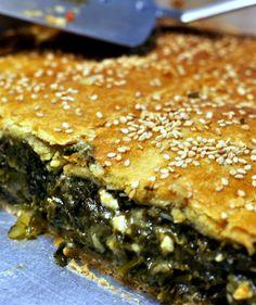 σπανακόπιτα Greek Pastries, Filo Pastry, Spanakopita, Dessert Recipes, Desserts, Greek Recipes, Pie, Snacks, Cooking