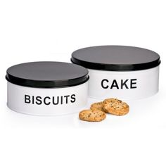 Set of 2 Cake Tins in Black and White from WorldStores: Everything For The Home