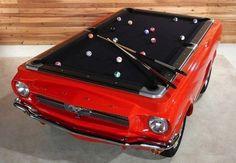 Mobiliario inspirado nos automóveis.